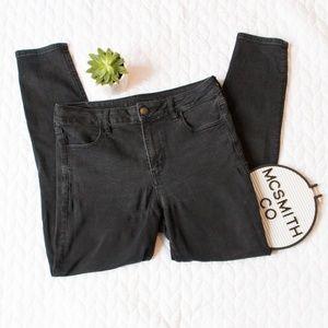 AEO   Black Hi-Rise High Waisted Jegging Jeans